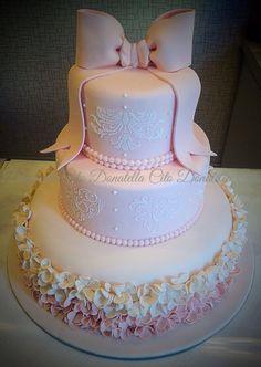 Ribbon pink cake