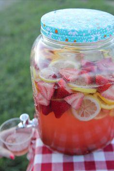 Nincs ennél jobb nyári ital: így készül a sangria | nlc