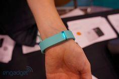 Fitbit Flex ahora controla tus movimientos en la muñeca (¡con video!)