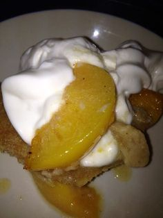 LOW-FAT PEACH COBBLER – EASY Recipe 3 Weight Watchers Points!