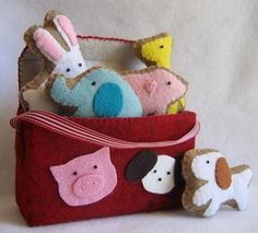Felt animal Crackers - How cute is this!!