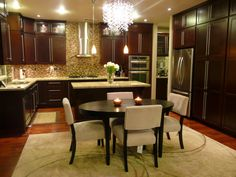 contemporary kitchen, contemporary , clean ,warm and chic, contemporary kitchen, Kitchens Design