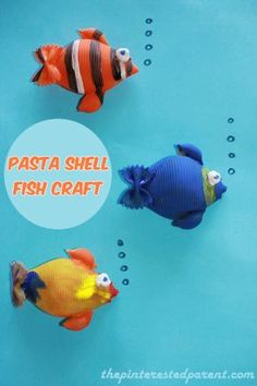 Pasta shell fish remind us of the ocean and are a great DIY craft for kids!