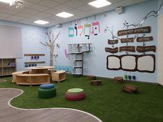 סגול - עיצוב בית ספר פאול קור School Library Design, Classroom Design, Learning Spaces, Learning Environments, Class Decoration For Primary, Workshop Design, Modern Library, School Decorations, Wood Wall Decor