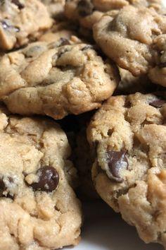Amaretti pistachio and fennel seeds - HQ Recipes Baking Recipes, Cookie Recipes, Dessert Recipes, Cookie Tips, Chip Cookie Recipe, Just Desserts, Delicious Desserts, Yummy Food, Healthy Food