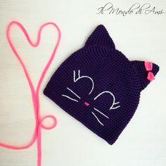 Un altro berrettino-gattino  #cat #littlecat #micio #gatto #amigurumi #handmade #crochet #fattoamano #uncinetto #ganchillo #berretto #hat #wool #lana