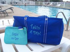 Thirty One Gifts. Royal Blue Large Utility Tote and a pocket a tote in turquoise. www.mythirtyone.com/MortonSC
