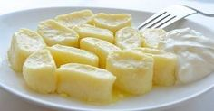 Lazy vareniki, Ukrainian Traditional Recipes - description, pictures, cooking tips. Find the best Ukrainian dishes for sharing with family and friends. Ukrainian Recipes, Russian Recipes, Ukrainian Food, Law Carb, Queso Fresco, Pasta, Albondigas, Cooking Recipes, Healthy Recipes