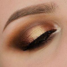 Glowing makeup in bronze