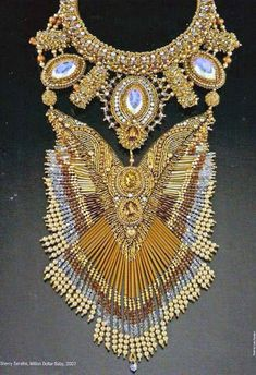 Baul Derevistas – Google+ Seed Bead Jewelry, Seed Beads, Beaded Jewelry, Beaded Necklace, Diy Jewelry Making, Bead Weaving, Beaded Embroidery, Fashion Jewelry, Hats