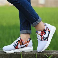 new style 87f1c 64b3a Aliexpress.com  Comprar Light Weight moda mujeres Zapatos Flats Mujer  Zapatos casuales Zapatos blancos para la Mujer entrenadores Ladies Zapatos  de Mujer ...