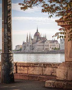 Credit by Instagram >>> ©peterseljan Visit Budapest, Beautiful Nature Scenes, 1st Century, History Museum, Eastern Europe, Roman Empire, Old Town, Hungary, Taj Mahal