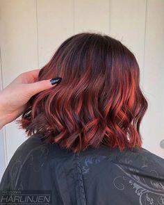 Mit strähnen haare schwarze roten Haare nachfärben