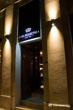 fachada local calle 6 n 1040, La Plata