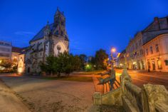 Miroslav Petrasko Blue Hour in Kosice The center of Kosice give many great photo opportunities. Blue Hour, Daily Photo, Slovenia, Czech Republic, Great Photos, Barcelona Cathedral, Mansions, House Styles, City