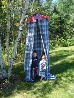 East Coast Mommy: No Sew Reading Tent (This is an easy tutorial on how to make a reading tent)