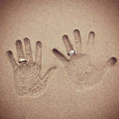 honeymoon picture...id scarred id lose my ring  :/