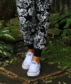 Doggie Xanax And Co-hosting Fashion Item Friday: Floral Joggers, Graphic Tee And Converse - Fashion Fairy Dust