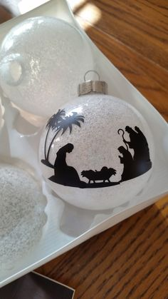 Glittered Ornament with vinyl cut from Close To my Heart Artfully Sent Cartridge.
