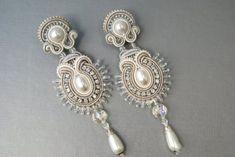Bridal Long Soutache Ear Clips by BeadsRainbow on Etsy Soutache Pendant, Soutache Necklace, Pendant Earrings, Beaded Earrings, Earrings Handmade, Beaded Wedding Jewelry, Wedding Earrings, Bridal Jewelry, Soutache Tutorial