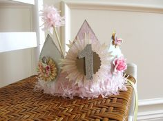 Paper Crown by Sugarbug Boutique, via Flickr