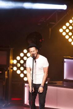 OneRepublic Native Summer Tour With The Script At Blossom Music Center « Aug 6 2014