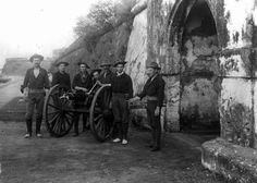 Soldiers pose with Gatling Gun at Cavite. Philippine American War. The Gatling gun saw much action during the Spanish American War. It gained fame in Cuba giving support fire while Theodore Roosevelt and the Rough Riders assaulted San Juan Hill. Several examples were later shipped and used in the war in the Philippines.
