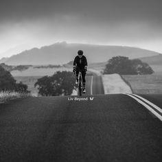 """The secret of getting ahead is getting started."" -Sally Berger 앞서가는 비결은 시작하는 것이다.  * 올해를 시작하면서 세우신 계획은 무엇이었나요? 남은 한 달, 잊었던 그 계획을 시작해보는 것은 어떨까요? ^^   2015년의 끝자락에 2016년을 먼저 시작해봅시다!!! 아자!  #LivCycling_kr #LivKorea #LivBeyond #MotivationalMonday"