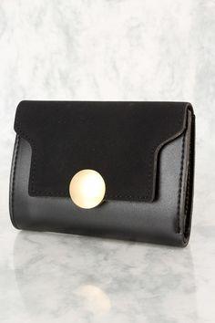 cc56f8a138756c Gucci Soho Mini Black Round Light Gold Disco Zip Italy Leather Handbag Bag  New Clout Wear in 2018 | Women Wallet Designer | Leather handbags, Gucci,  ...