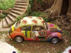 It has been my lifelong dream to own an original VW Bug and paint it like a hippie. Le sigh....maybe someday.