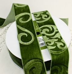 Paper and Ink Playground: How to Emboss on Velvet Ribbon
