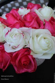 Купить Букет роз из полимерной глины керамическая флористика - разноцветный, малиновый цвет, белый цвет