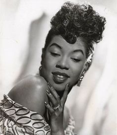 "Sarah Vaughan, She loves the ladies who sing blues....She called me one day and said: ""guess what, I love blues, sung by"" and she went on and on....She can now sing all their songs...."