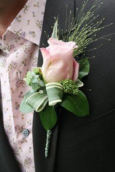 Flower Design Buttonhole & Corsage Blog #portcharlotteflorist #wearableflowers