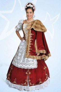 Díszmagyar Hungaryan anciant dress