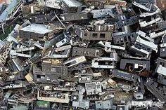 Resultado de imagem para lixo eletrônicos