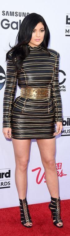 Kylie Jenner: Dress – Balmain Shoes – Christian Louboutin