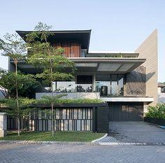 Minimal House Design, Bungalow House Design, House Front Design, Modern Bungalow, Modern Architecture House, Facade Architecture, Residential Architecture, Villa Design, Facade Design