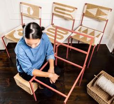 Furniture Projects, Furniture Makeover, Diy Furniture, Diy Projects, Diy Woven Bench, Woven Chair, Diy Home Crafts, Diy Home Decor, Macrame Chairs