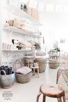 Pays Bas / L'étoile conceptstore / Photos by Paulina Arcklin / Interior And Exterior, Interior Design, Deco Boheme, Store Interiors, Rustic Interiors, Shop Fittings, Retail Space, Home And Deco, Retail Design