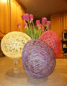 Holiday Crafts | String Easter Eggs | http://www.funholidaycrafts.com