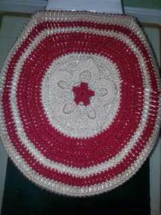 Forro para licuadora made with crochet embroidery work for Patakha bano food mat