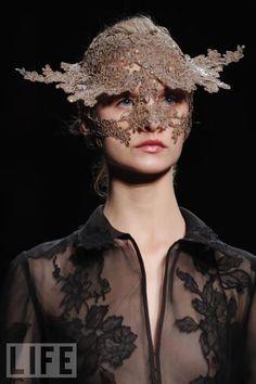 Valentino Haute Couture  Mask by Philip Treacy