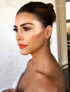 ♥️ Pinterest: DEBORAHPRAHA ♥️ Makeup orange lipstick, bronzer and beautiful highlighter