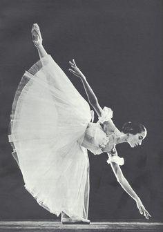Natalia Bessmertnova as Giselle in Giselle, photographed by Eugene Umnov.