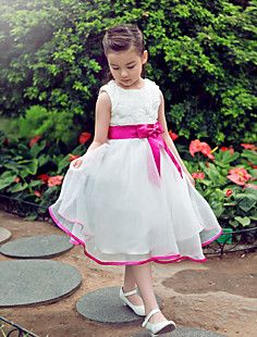 1b8d4c1e188d34   49.99  Formal Evening   Wedding Party Dress A-line Jewel Knee-length  Organza   Satin with. Mode Voor Kleine MeisjesModestijlenMooie ...