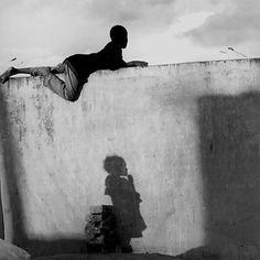 2000. © Bernard Descamps - Wall of the Basketball pitch, Fianarantsoa