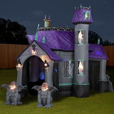 inflatable halloween haunted house party decoration ideasyard - Halloween Inflatable Yard Decorations