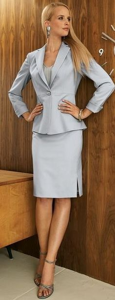 Dove Gray Skirt Suit and Gray High Heel Sandals. This would look so much better with hose and a pair of pumps. Business Dresses, Business Outfits, Business Attire, Office Outfits, Business Fashion, Office Wear, Office Fashion, Work Fashion, Moda Casual