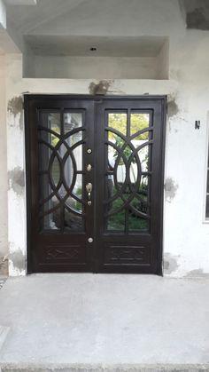 Metal Furniture, Furniture Design, Steel Grill Design, Door Design, House Design, Grill Gate, Steel Table Legs, Wrought Iron Doors, Glass Bathroom